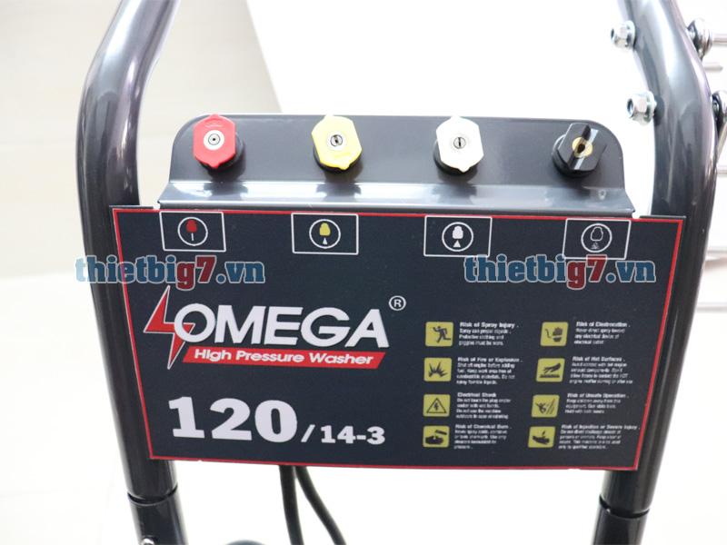 Bốn béc phun kèm theo máy rửa xe cao áp Omega 120bar